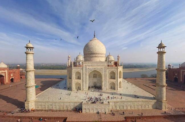 01.Taj-Mahal-3-650px-c4fe4b4eb9