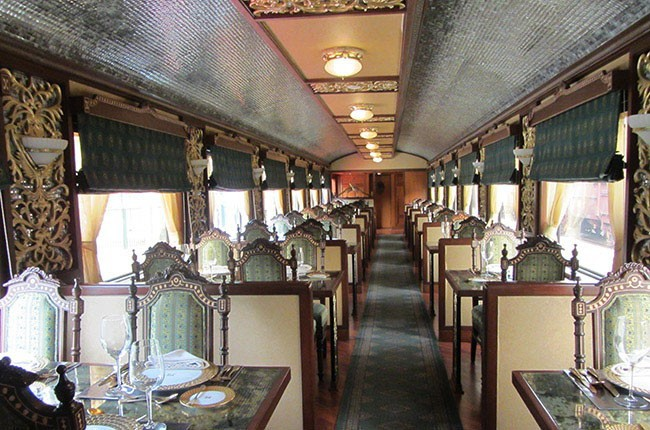 02-mayur-mahal-in-maharajah-express-4ee53c672a