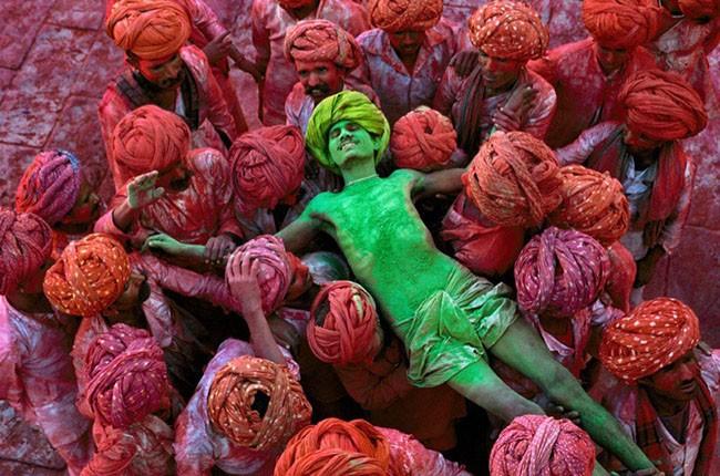 03-Holi-festival-Rajasthan-India-1996-1-c048992-ec24243e98
