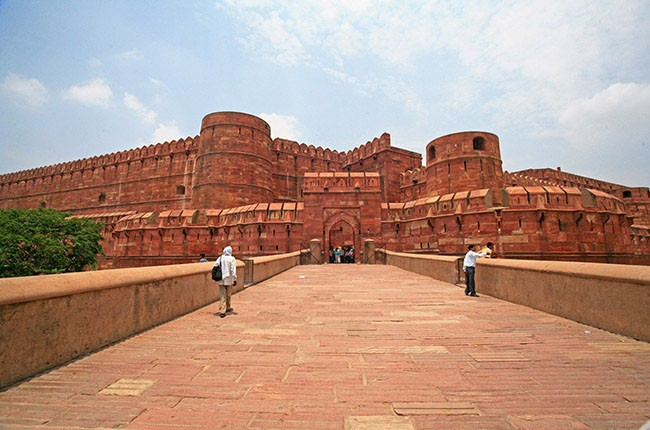 05-agra-red-fort-48f6dd30c0
