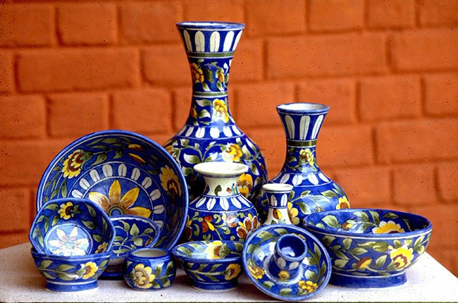 10-Blue-Pottery3-abf7d29f87