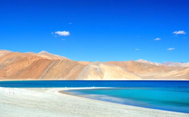 Jammu-Kashmirshutterstock_85255855-bg1080
