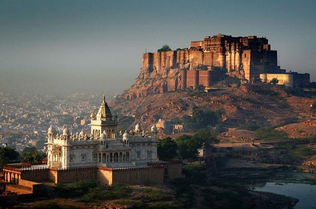 03-jodhpur_palace_sharp_landscape-3207a3243b