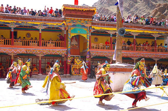 07-Culture-Ladakh-Festival-Hemis-Monastery--gompa--on-July-29c207d903