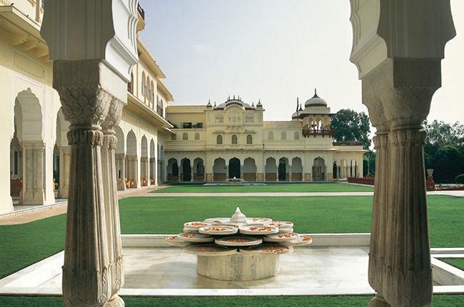 07-cn_image_0-size-rambagh-palace-jaipur-rajasthan-jaipur-india-108650-1-311a288865