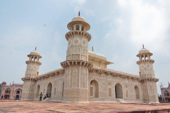Itmad-Ud-Daulahs_Tomb